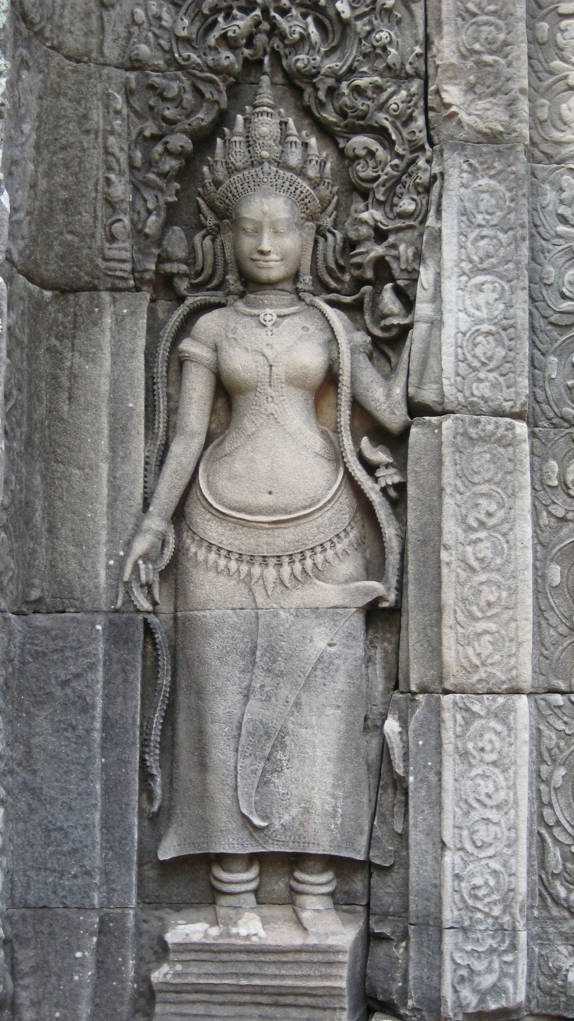 The feminine representation of spirituality Apsara