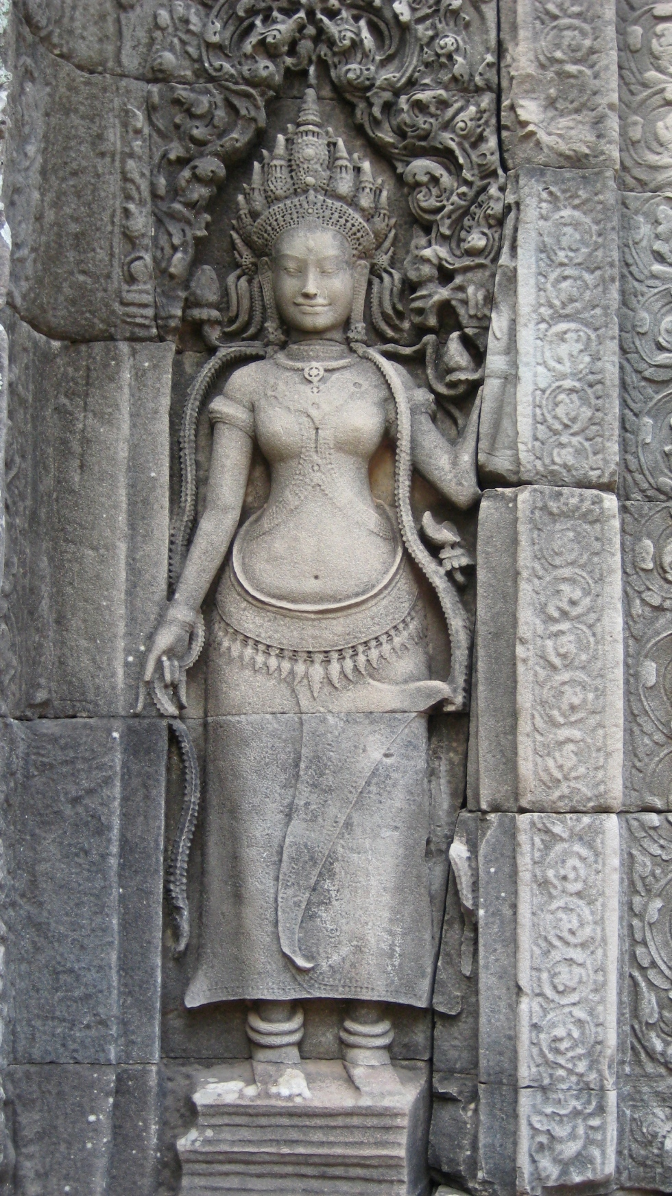 The feminine representation of spirituality Apsara